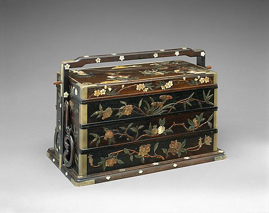 Picnic basket, 19th century. China. The Metropolitan Museum of Art, New York. Gift of Mr. and Mrs. William Corbus, 1977 (1977.262a–g).
