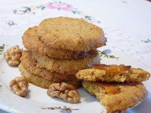 Kukoricás, diós kekszek