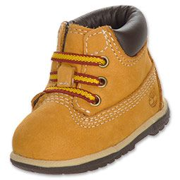 Dress your little one with the latest styles from Timberland. The Timberland 6 boots are made with a nubuck upper, padded ankle collar and durable rubber sole.