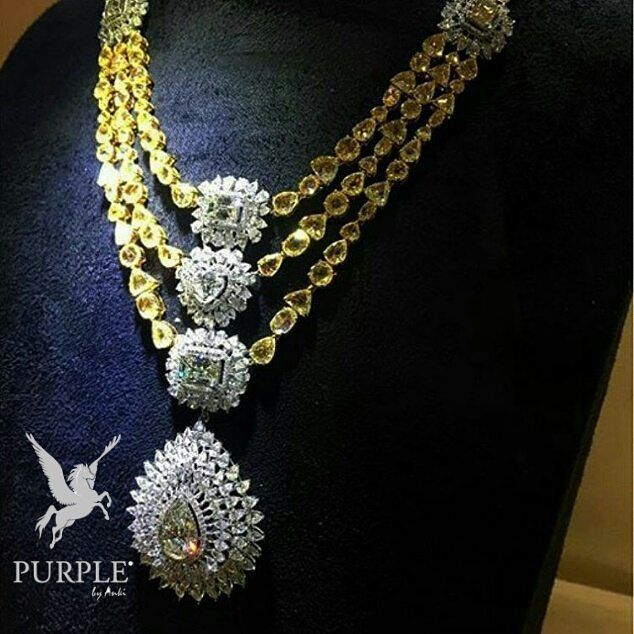 This bling is totally awesome. Check this Diamond necklace set with Fancy Yellow diamond of 22 carat by @kamyenjewellery via @jewellery_masterpiece