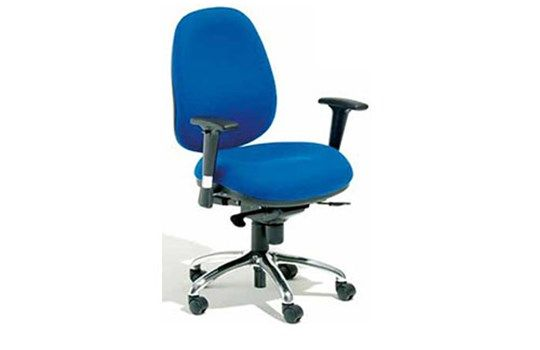 The Staples range of Chairs are task and visitor seating for office use, as well as drafting height products for counter use.