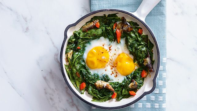 Baked Eggs with Sardines Recipe