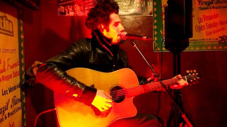 Dedicace à la Famille Casa by Barthab a Open Sunday Music Casa Latina (Bx)  Dedicace à la Famille Casa by Barthab a Open Sunday Music Casa Latina #Bordeaux http://youtu.be/L4WDPA1hUM4 #bar #ambiance #mojito #tapas #concert #live #musique