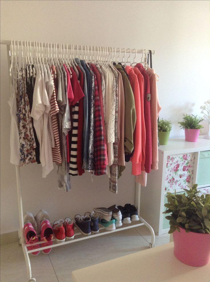 les 25 meilleures id es de la cat gorie kleiderstange ikea sur pinterest dressing dressings. Black Bedroom Furniture Sets. Home Design Ideas