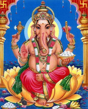 Ganesha es una de las deidades más veneradas en la religión hindú. Es también una de las cinco divinidades principales junto a Brama, Vishnu, Shiva y Durga, que es adorada en el Pachayatana Puja. Es el dios removedor de obstáculos y señor de los comienzos, además de simbolizar la sabiduría, el intelecto, las artes y las ciencias. Ganesha es fácilmente reconocible por su cabeza de elefante y su prominente abdomen, la historia cuenta que luego de ser engendrado por la diosa Parvati, esposa de…