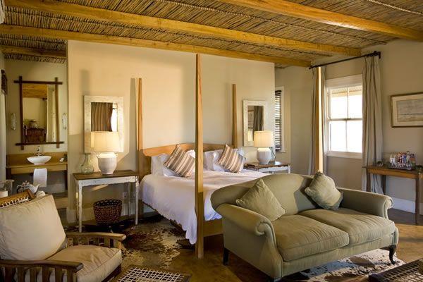 karoo lodge room