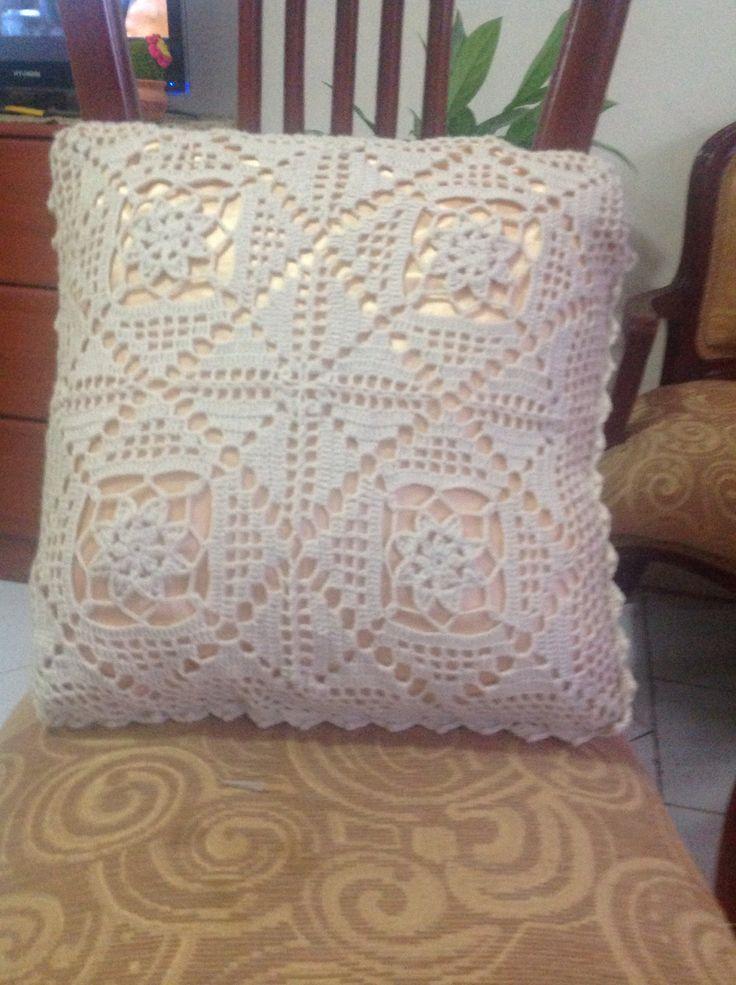 Crochet cojín, cushion.