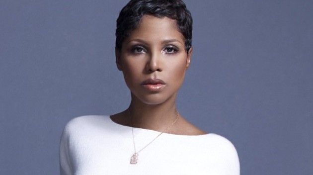 http://www.showbiz411.com/2015/09/15/toni-braxton-life-story-coming-to-lifetime-with-director-vondie-curtis-hall-exclusive