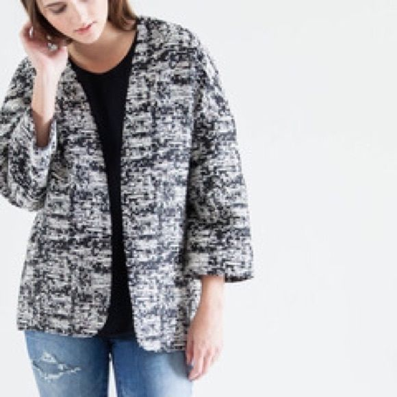 Modern Citizen Parker Jacket STYLE DETAILS  Jacquard texture with a very subtle sheen Throw on over your favorite denim Intentionally oversized for a cocoon-like fit Modern Citizen Jackets & Coats