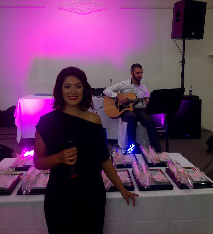 🇦🇺Throwback to last weeks gig 🎶 #singer🎤#guitarist🎸  #acoustic #duo #giglife  #melbourne #melbournelifelovetravel  #music #loveit #instagood #funtimes #instamoments #instagood #instafriends #instamusic #singing #vocalist #performing