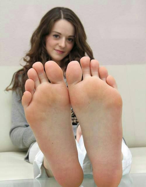 Hd Bare Teen Feet 77