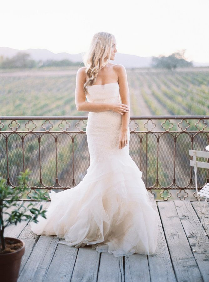 Romantic wedding dresses: Photography: Jasmine Lee - http://jasmineleephotography.com/