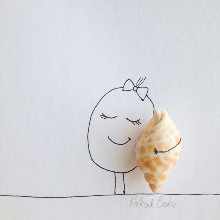 Listen to the sea :) #kokoboko #koko #story #sea #shell #art #cute #illustration #drawing #girl #smile #happy