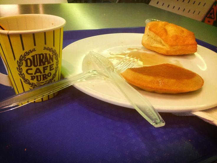 Qué les parece el desayuno de nuestra amiga @c(____) melmsoli. ¡Delicioso!.