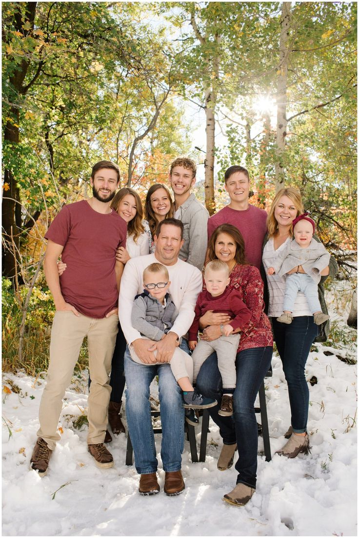 Jamie Tervort Photography | Butterfield Family | Squaw Peak Provo Canyon, Utah | Family Photography Fall pictures, extended family pictures, fall colors, large family pose ideas