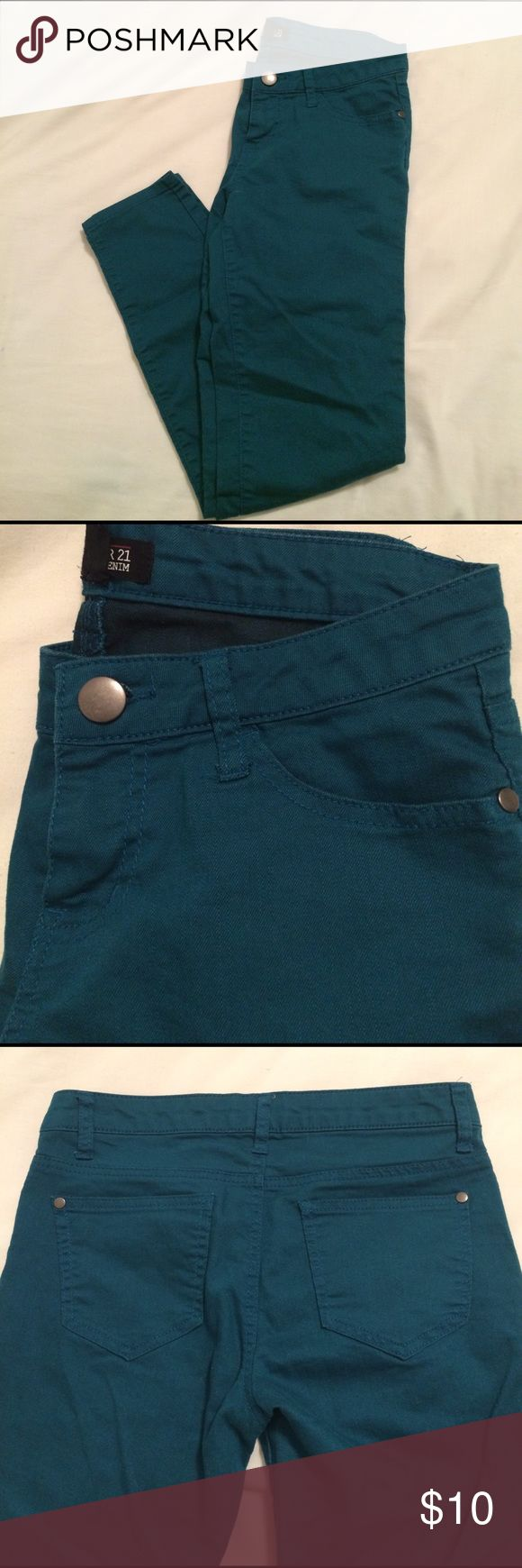 EUC! Forever 21 turquoise jeans, 26. EUC! Forever 21 turquoise/marine blue skinny jean. Have a lot of stretch, nice and light for summer! Size, 26. Forever 21 Jeans Skinny