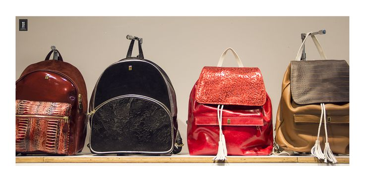 La colección de #morrales JF   #bags #leather #woman #womanstyle #woman #fashion #