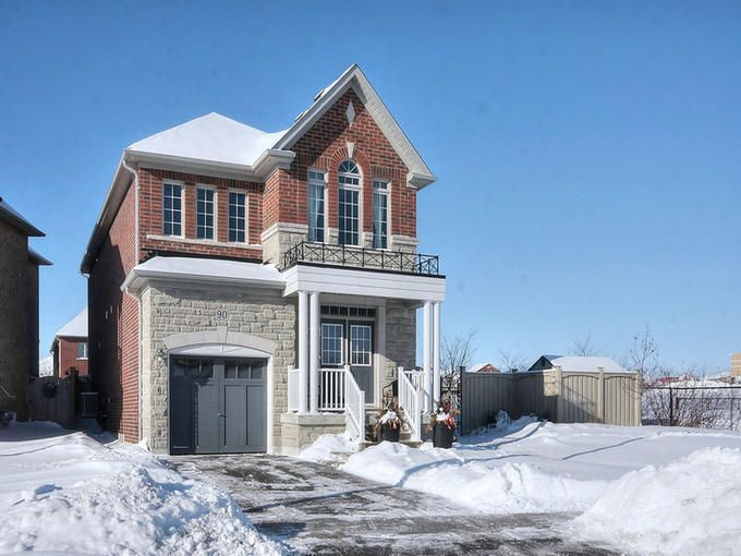 SOLD FIRM.  Thank you for your interest.  If you are interested in other properties in the area or any other listings please contact me or visit www.CarolineBaile.com   90 Peak Point Boulevard, Vaughan, Ontario L6A 0C1