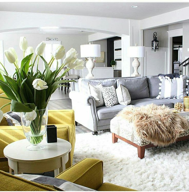 Shabby chic living room interior