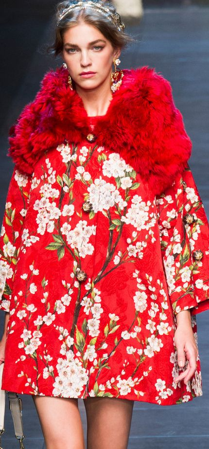 Fleur fashion / karen cox. how fabulous is this coat? Dolce & Gabbana Spring 2014. #glamour. via #thedailystyle.