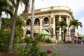 Mackay, Queensland, Australia. Tropical art deco city. mmmmm....
