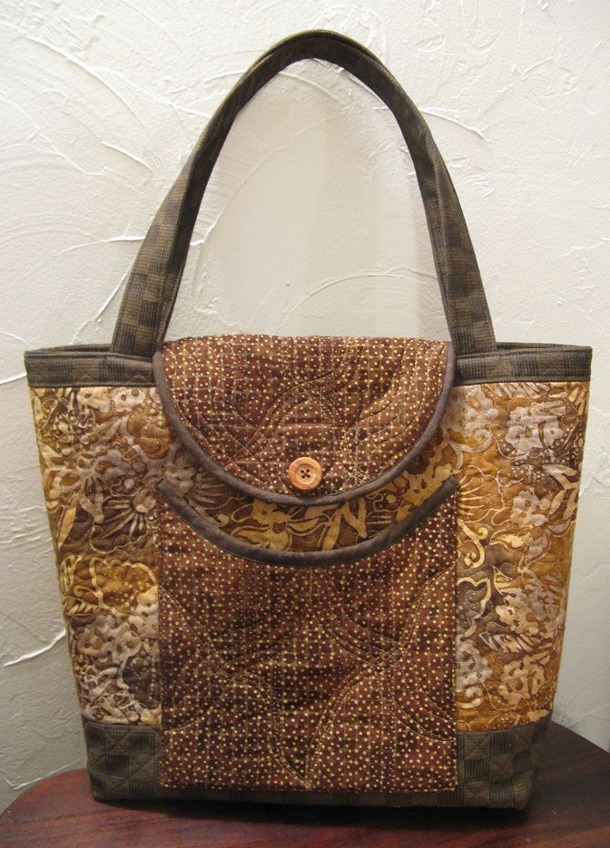 Tote from Henry Glass Free Pattern.
