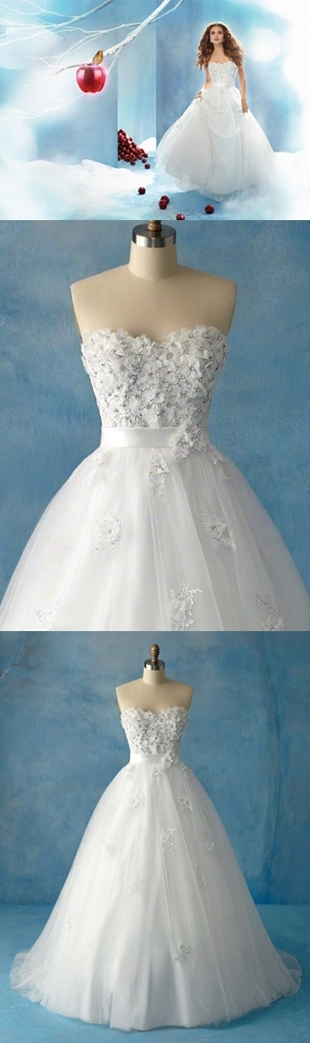 Alfred Angelo - Snow White, Style 207. No, I wouldn't wear this on my wedding day. BUT, I really like the idea of it! Very whimsical.
