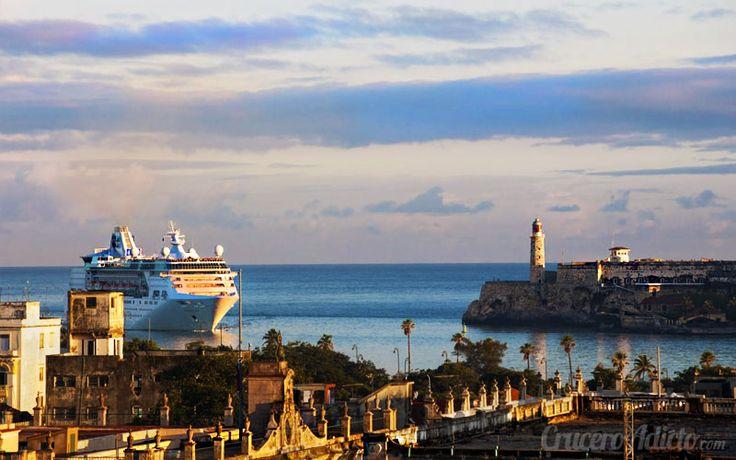 Royal Caribbean duplica su oferta a Cuba llevando a 2 de sus barcos a la isla caribeña. Una nueva apuesta de la naviera por incluir Cuba en sus itinerarios.