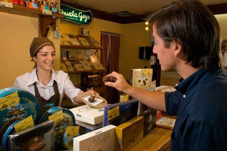 Franquicia ABUELA GOYE #chocolates #helados #reposteria #ahumados #patagonia #sustentable #dulces #cafe #alfajores #franchising #franquicias #entrepreneur #startups fgroupargentina.com