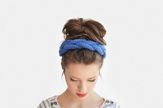 Hand Knit Chunky Headband Blue Braid Hair Accessory door Plexida, €15.00