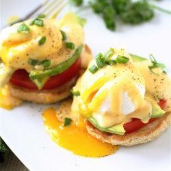 California Eggs Benedict with Sriracha Hollandaise Sauce