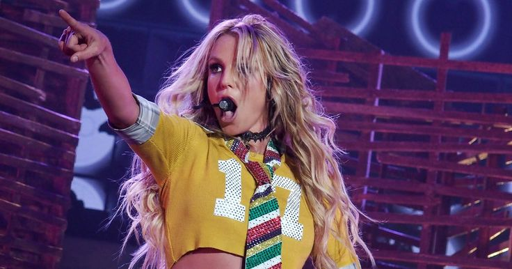 Britney Spears on Lip-Sync Accusations: 'It Really Pisses Me Off' #headphones #music #headphones