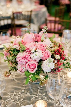 Photo by Lisa Lefkowitz: Photos Books, Lisa Lefkowitz, White Rose, Flowers Centerpieces, Centerpieces Flowers, Beautiful Flowers, Pretty Flowers, Pink Rose, Www Lisalefkowitz Com