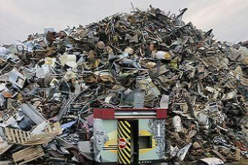 Chris Jordan photographs American mass consumption