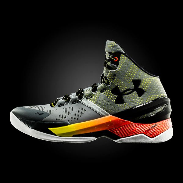 9月7日発売予定 under armour curry two sneak up sneakers