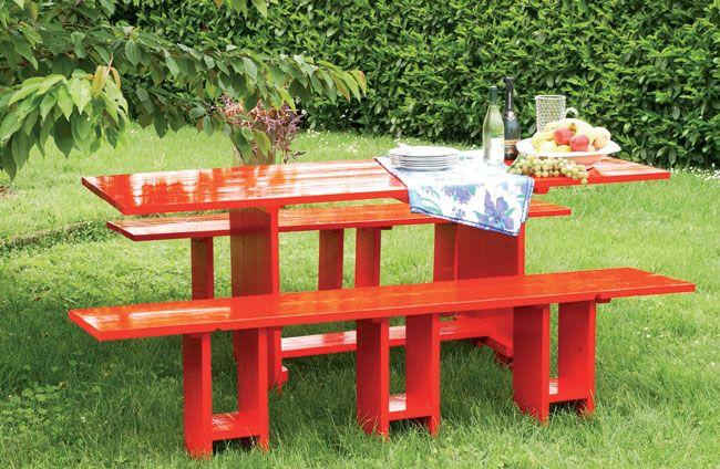 Ottimo tavolo con panche fai da te da mettere in giardino for Tavolo da fumo fai da te