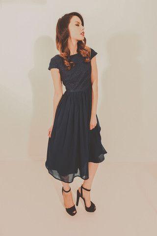 Coming Up Roses Dress - Navy – Blackeyed Susan