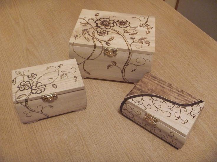 Nel Legno - wood carving and more: Scatoline pirografate