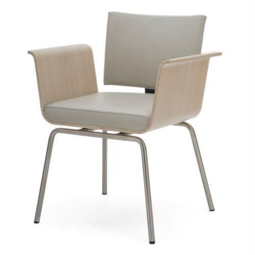 Designul unic al scaunului Nue Cuatro este definit de confort! #office #SomProduct #inspiration #design
