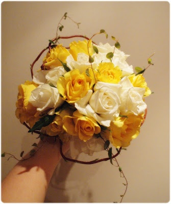 Spring bouquet made by...me :)LYCKLIG FRU