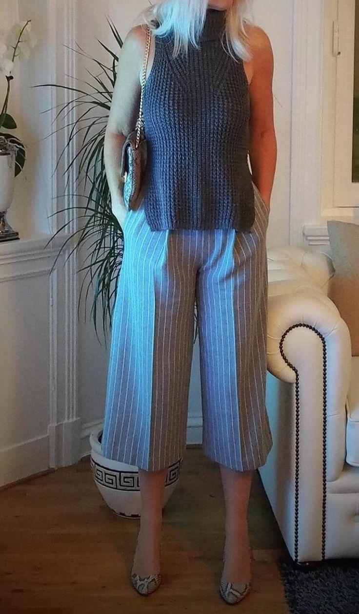 Elegant in culottes.