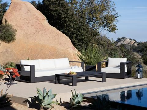 Named after one of Australia's most iconic island destinations, the robust Hayman collection is inspired by the low, clean lines of contemporary coastal Australian architecture. Representing pure modernism, the collection's hardwearing powder coated aluminium frames meet with thick and comfortable cushion seating to create a contemporary aesthetic that invites relaxation. #Harbouroutdoor #Haymansofa #Coastalliving #outdoorfurniture #Dawsonandco