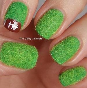 Football nail art // Photos: Courtesy of Pinterest: Nail Polish, Nailart, Style, Makeup, Nail Art Designs, Nail Designs, Football Season, Football Nails, Football Nail Art