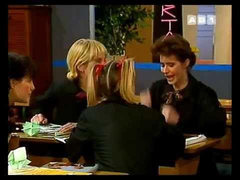 Dorothée - Sacré Charlemagne remastérisé - YouTube