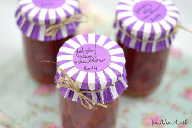 Strawberry jam with vanilla