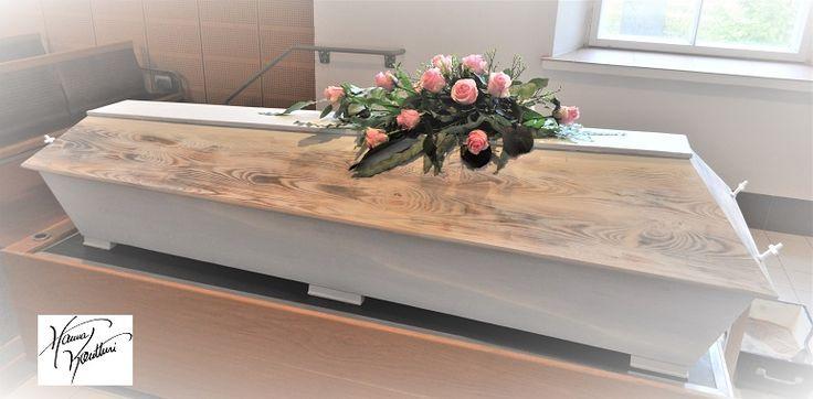 Coffins from Hanna Kontturi