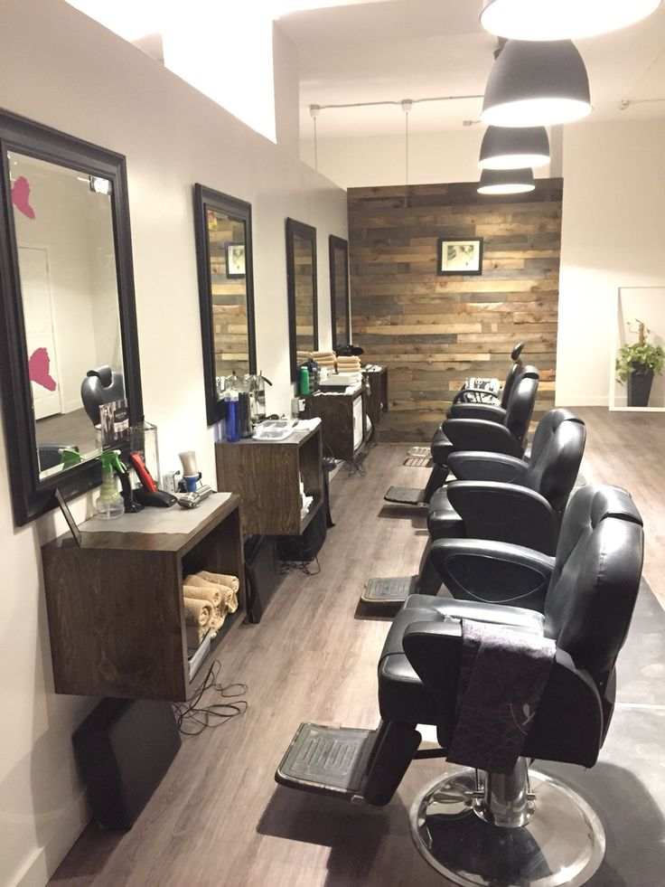 Ottawa barbershop and salon