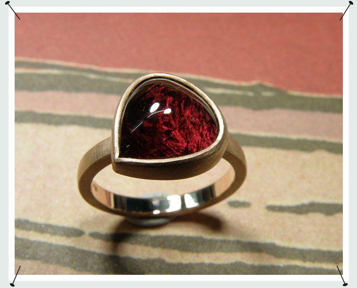 * verkocht: roodgouden toermalijn druppel ring
