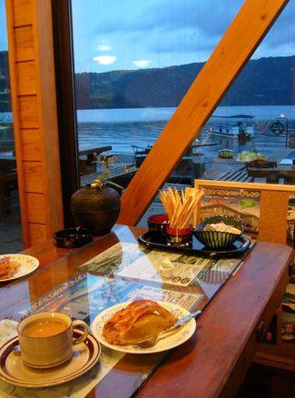 十和田湖マリンブルー 十和田湖遊覧と手作りアップルパイ