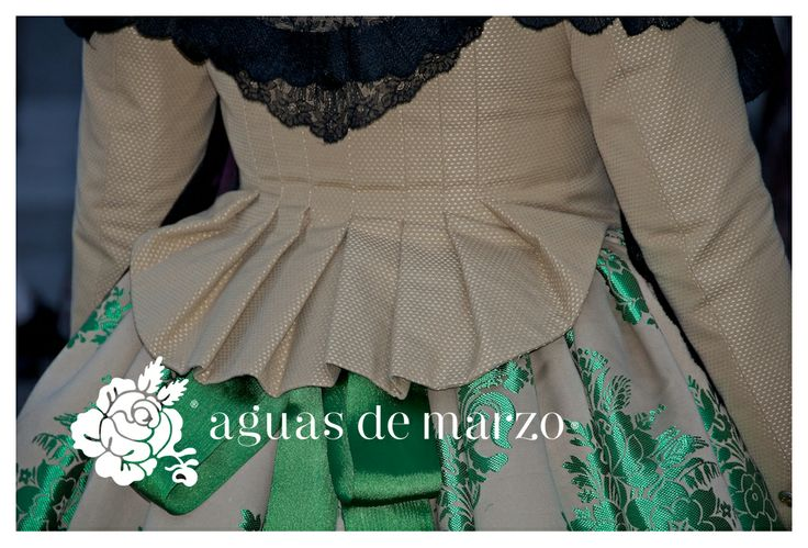 traje de valenciana de Aguas de Marzo®